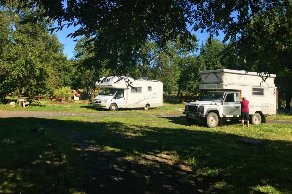 campers los pioneros motor home