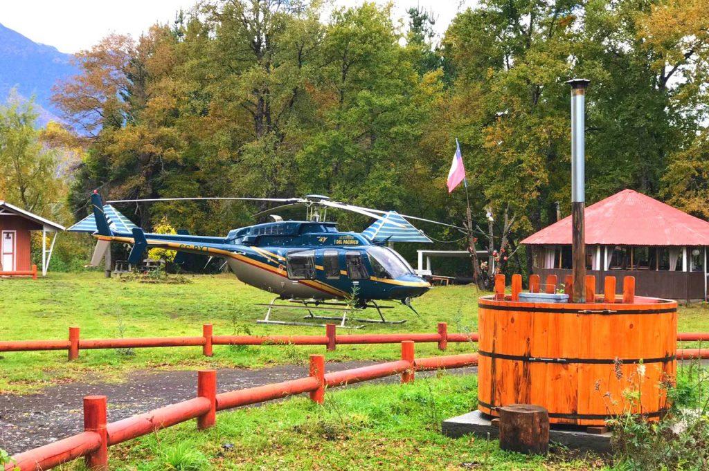 helicoptero los pioneros hot tubs